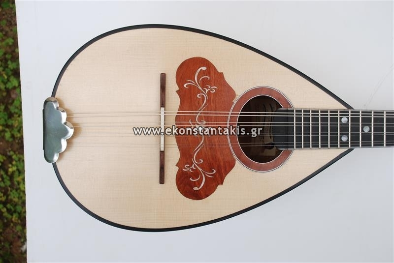 Mandolin (Laurel wood) | Musical Instruments & Folk Art Artifacts